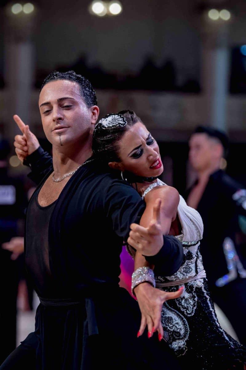 Les professeurs de danse Amandine et Michael
