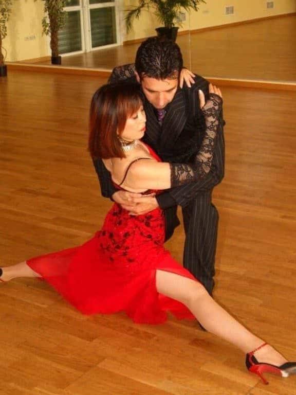 Suky et Daniel qui dansent le Tango Argentin