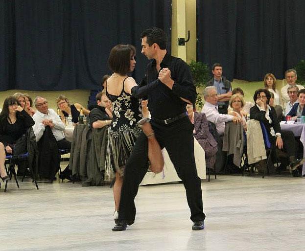 Les professeurs de danse Suky et Daniel